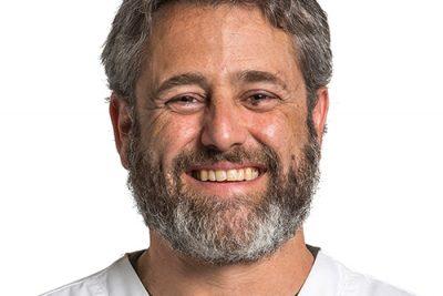 Dr. Eduardo Gerhard